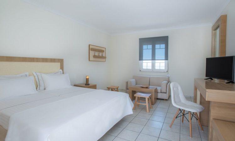 milos-golden-beach-hotel